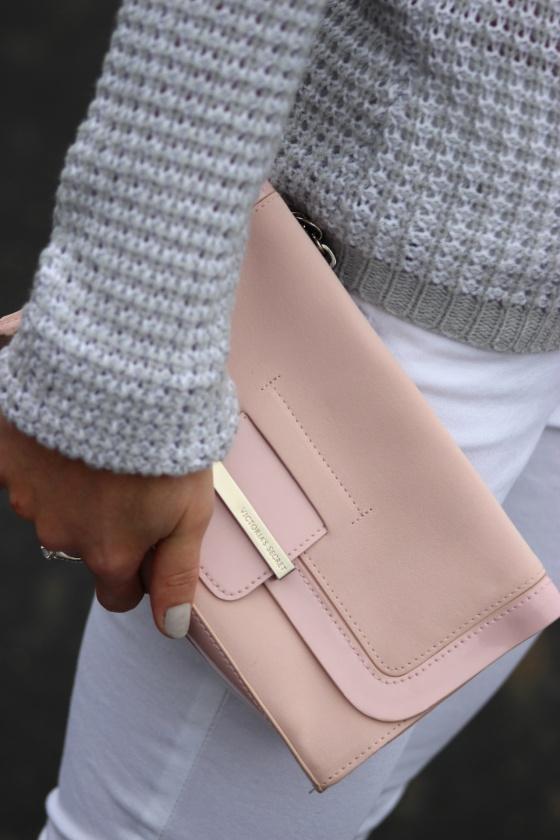 Pastels: Dusty pink clutch