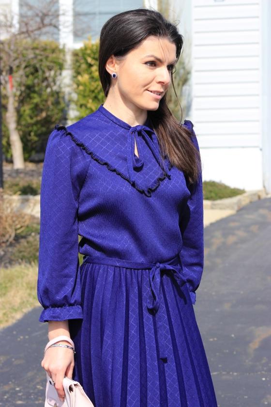 Navy blue midi pleated dress
